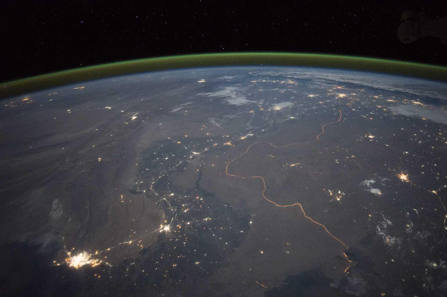 Hindistan – Pakistan Sınırı Gece Görünümü