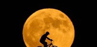 Van'da Ay Tutulması