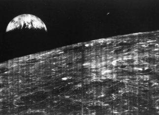 Dünya'nın Ay'dan Görünümü