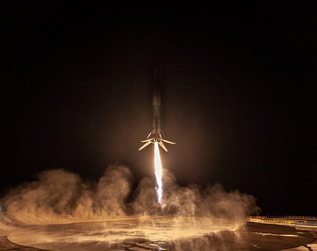 Falcon 9 Kalkış Anı