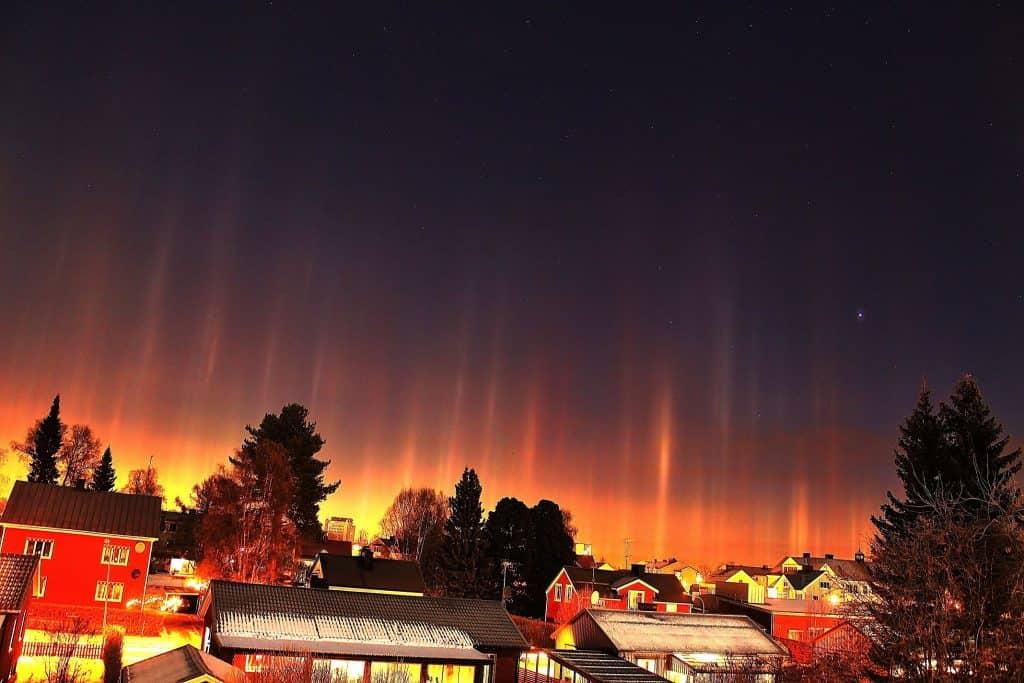 İsveç'ten Işık Sütunları