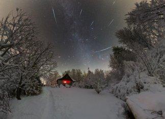 Geminid meteor yağmuru eşliğinde kış manzarası
